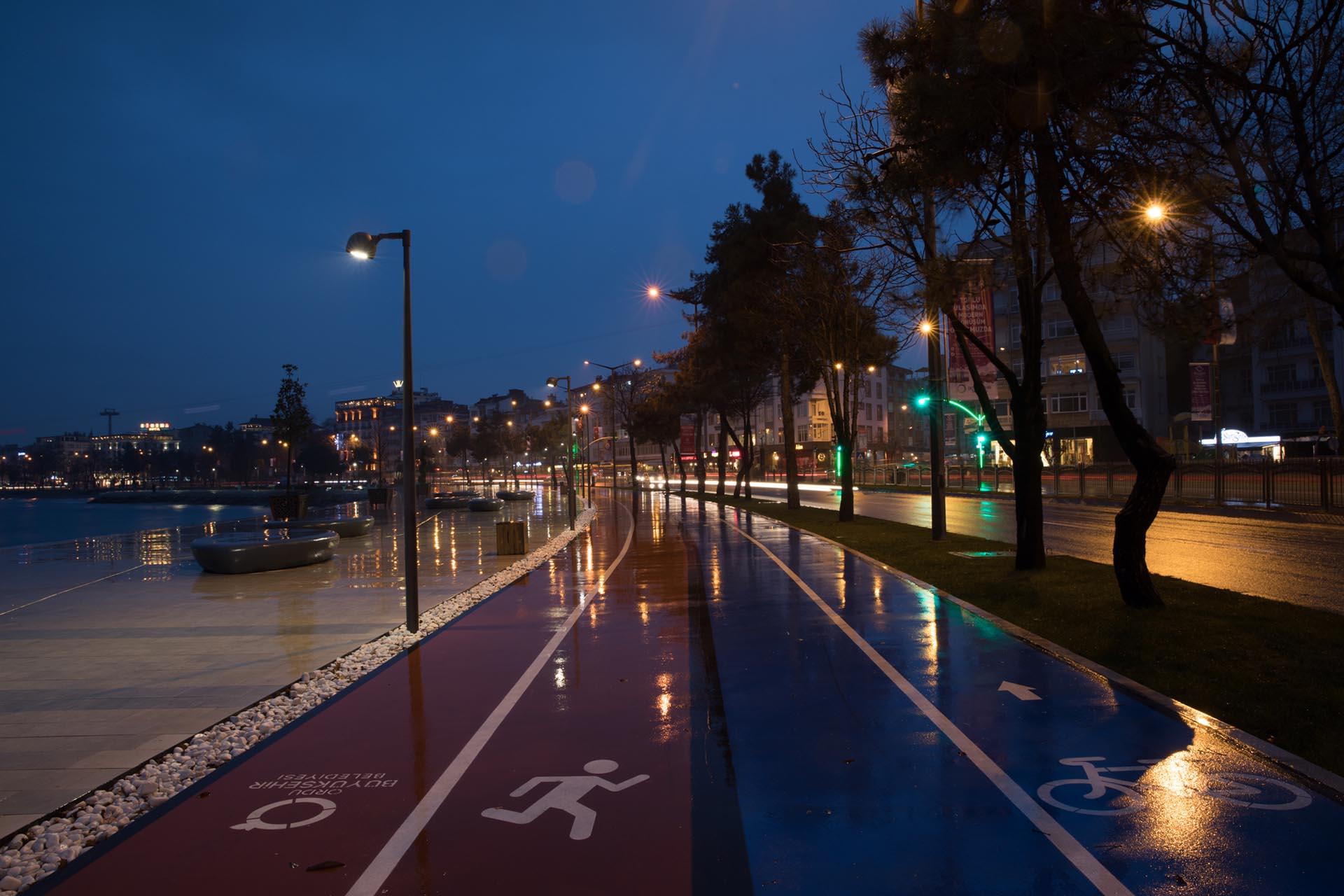 Bisiklet ve Koşu Yolu